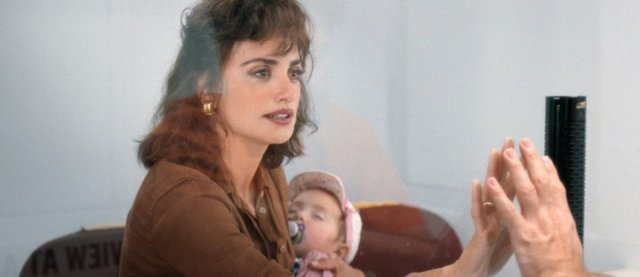 Penelope-Cruz-Wasp-Network-1200x520